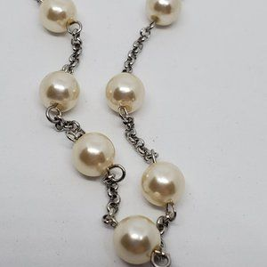 Silver Tone Chain Faux Pearl Collar Style Necklace